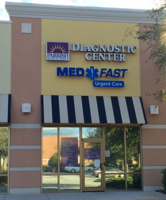 Building that says Diagnostic Center, Med Fast Urgent Care